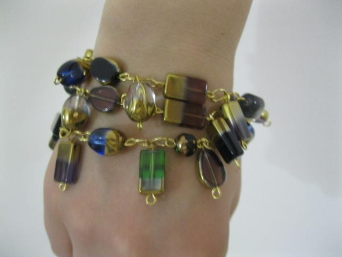 Bracelets made of beads. Master class and some information