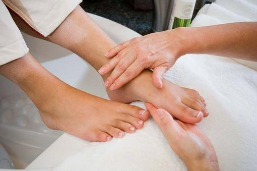 Effective hygiene procedure: medical pedicure